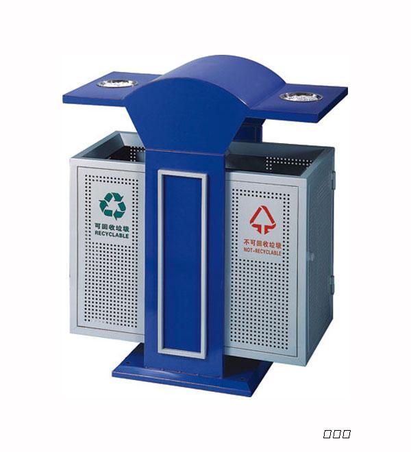 北京地铁站里不锈钢垃圾桶图片