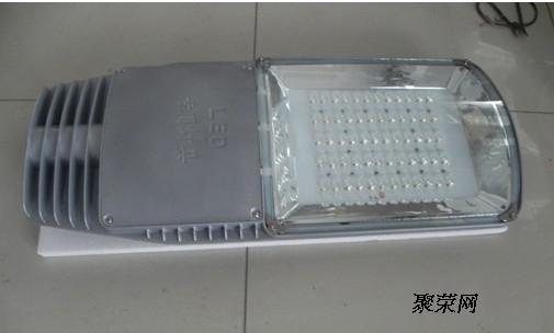 电气安装:    *高压钠灯或金属卤化物灯处置式镇流器,触发器安装