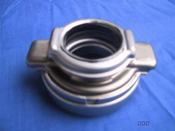 君安汽配>   广州   萨博全车型发动机、波箱、缸盖、曲轴高清图片