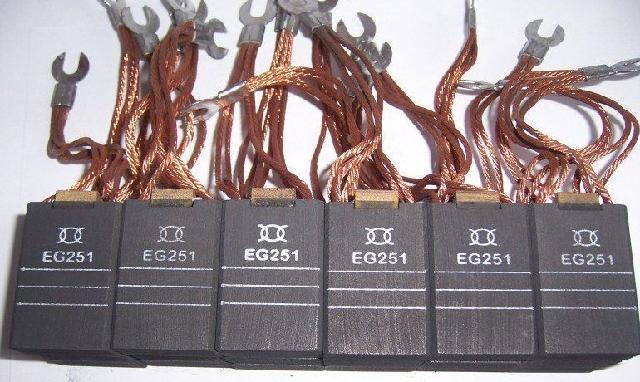 """联系手机: 联系QQ: 联系电话: 公司网址: 河北省东光县沧州明宇机电设备有限公司,位于东光县工业开发区,紧邻京广铁路,104京福公路及京沪高速公路。本厂自建厂以来始终本着""""科技为本、追求发展,以质量赢市场、以服务创效益""""的企业思想,勇于拼搏。现以发展成为拥有员工六十五名,各类机械用模具加工设备车、刨、磨、铣、线切割等五十台,生产销售一条龙的大型厂家。我们公司专门生产纺织机械烫光机用集电环,同时生产各种规格型号电机集电环、集电器,广泛用于环保设备,如各种规格的刮泥机系列(中心传动"""