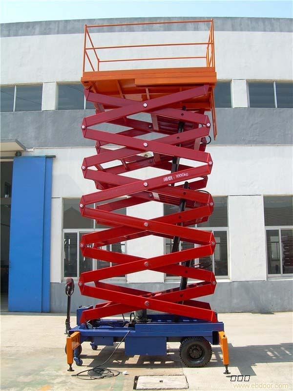 山东液压升降机生产厂家图片