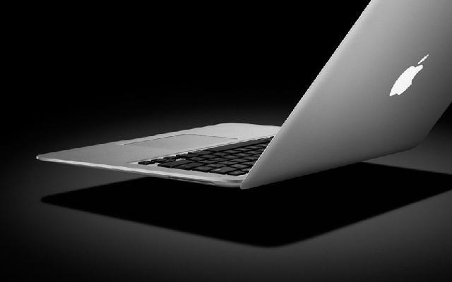 换屏幕 苹果笔记本进水黑屏维修