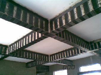 室外封闭式钢结构楼梯