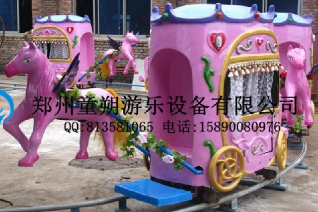 幼儿园户外运动器械自制图片纸壳小火车